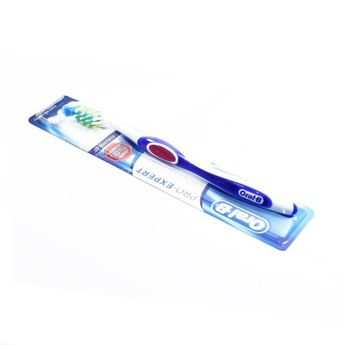 ОРАЛ БИ Зуб. щетка 3D White Свеж. 40 Средняя купить в Житомире